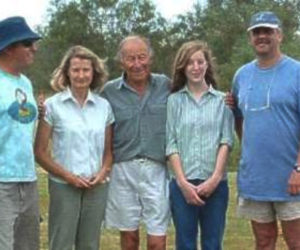 Bird ringers at Paarl Bird Sanctuary in 2004.